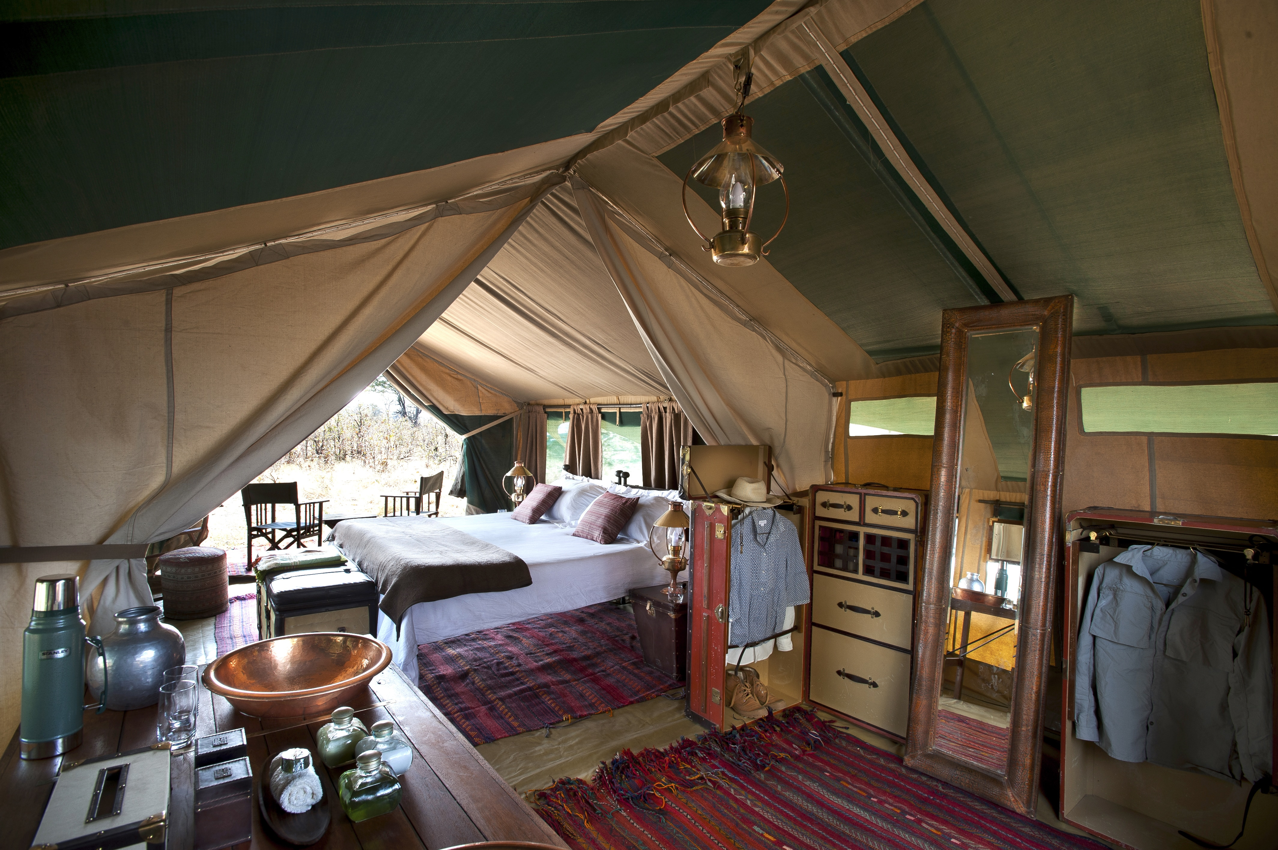 Africa,Botswana,Liyanti,Alojamiento,Selinda Explorer,interior tienda